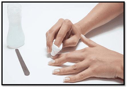 Como sacar uñas acrílicas en casa