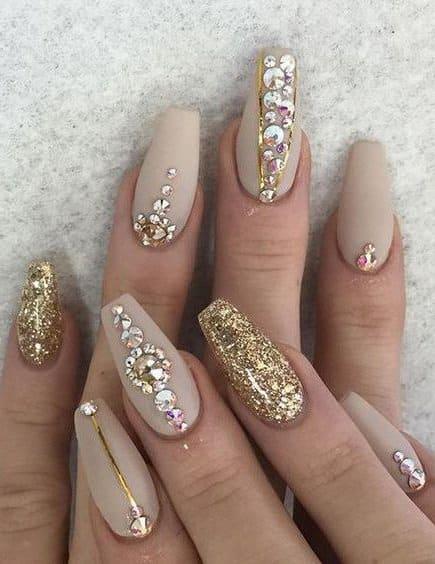 Modelos de uñas acrílicas