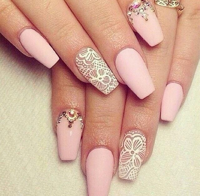 Ideas de uñas acrílicas
