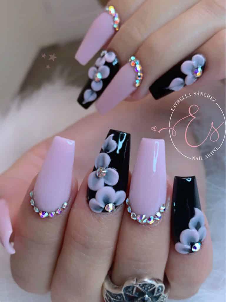 Imágenes de uñas acrílicas de moda