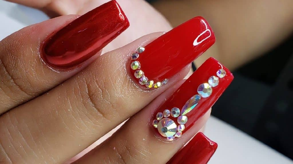 Uñas acrílicas rojas